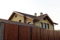 Фото дома из кирпича Долстон