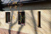 Фото дома из облицовочного кирпича, гладкий кирпич облицовочный ЖЕЛТЫЙ