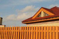 Фото дома из рваного кирпича, скала облицовочный кирпич ЯРКО-ЖЕЛТЫЙ