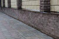 Фото сплошного забора с облицовкой плиткой под кирпич, плитка под фасадный кирпич ГОРЬКИЙ ШОКОЛАД