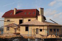 Пример строительства стены с облицовкой рваным кирпичом, скала облицовочный кирпич ЯРКО-ЖЕЛТЫЙ