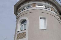 Фото эркера  из облицовочной плитки под кирпич, плитка фасадная под кирпич СЕРАЯ