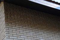 Фото дома из цокольного кирпича (американка), цокольный кирпич облицовочный БЕЖЕВЫЙ