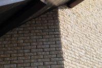 Фото отделки окна цокольным кирпичом, цокольный кирпич облицовочный БЕЖЕВЫЙ