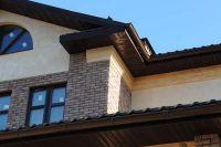 Фото дома из рваного кирпича, скала кирпич облицовочный ТЕРРАКОТ