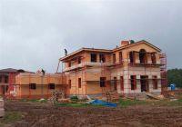 Фото дома из облицовочного кирпича, гладкий облицовочный кирпич БЕЖЕВЫЙ