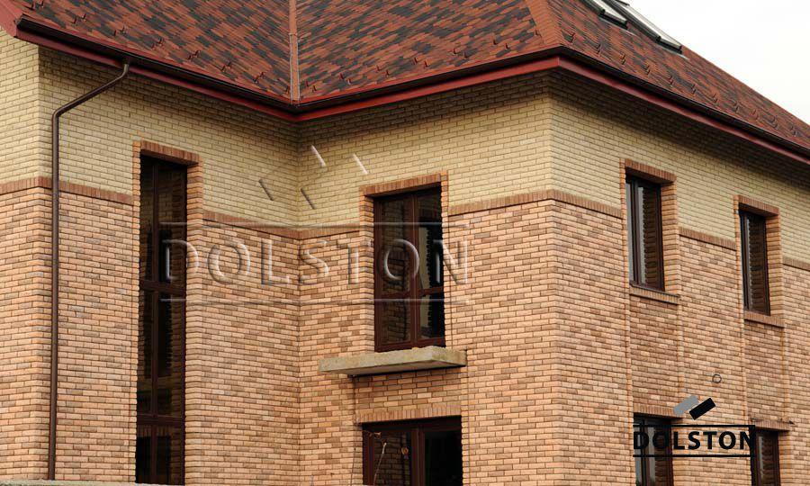 Фото дома из рваного кирпича скала кирпич облицовочный БЕЖЕВЫЙ