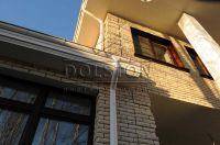 Фото дома из рваного кирпича, скала кирпич облицовочный БЕЖЕВЫЙ