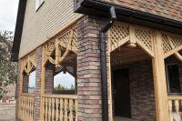 Фото дома из плитки под кирпич, плитка фасадная ВИШНЕВАЯ