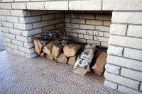 Фото камина из рваного кирпича, скала кирпич облицовочный БЕЖЕВЫЙ