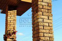 Фото столба из рваного кирпича, скала кирпич облицовочный СОЛОМА